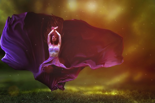 dancer-2722666_640-1