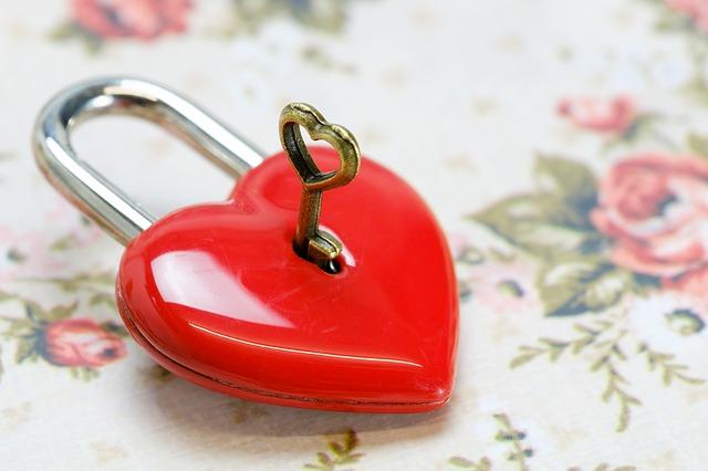 heart-3198592_640-1