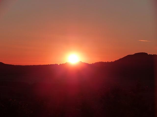 summer-solstice-1474745_640