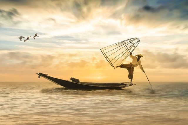 fisherman-2739115_640-1