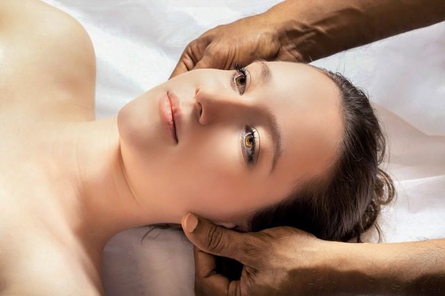 head-massage-3530560_640