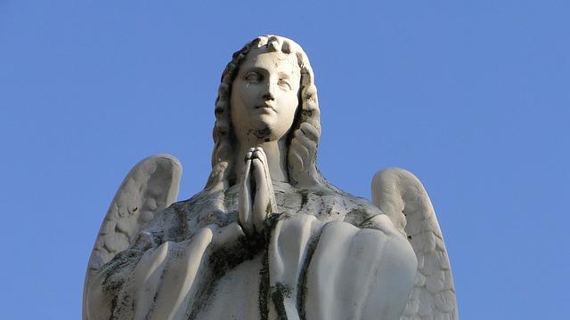 angel-382824_640-1