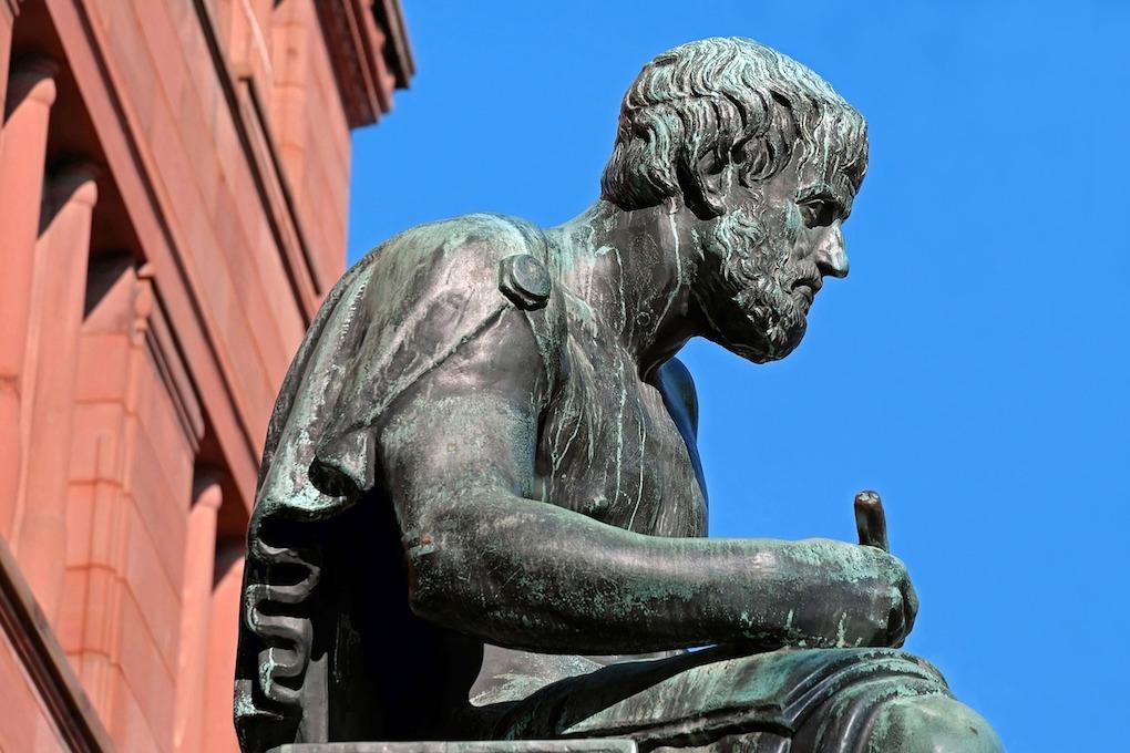 sculpture-2298848_1280-1