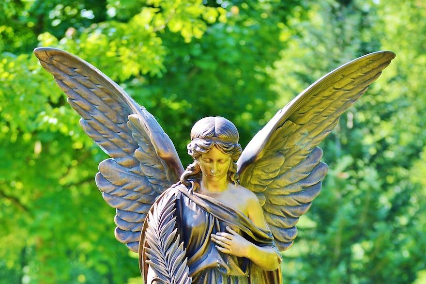angel-2370616_1280-1
