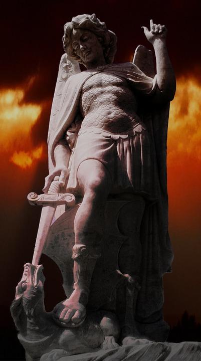 statue-516991_960_720