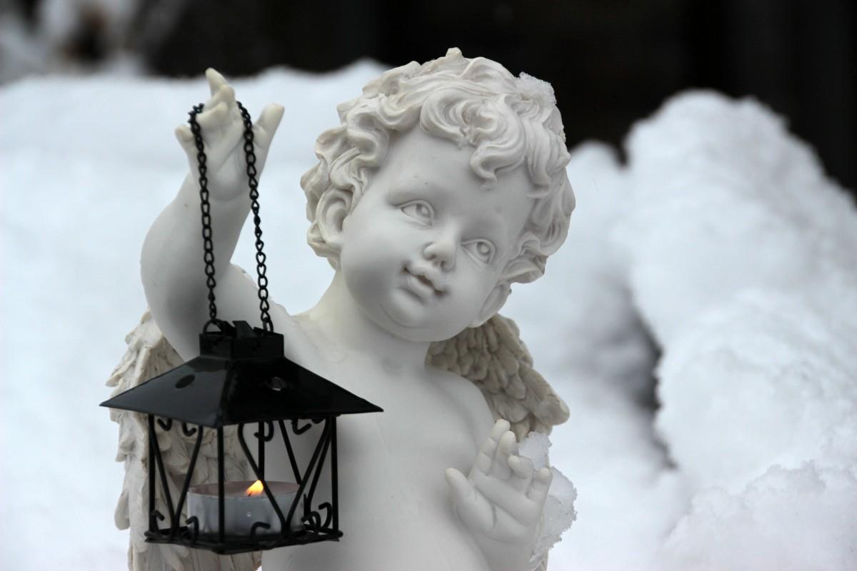 angel_angel_figure_symbol_angel_wings_angel_face_sweet_small_light_lantern-650450