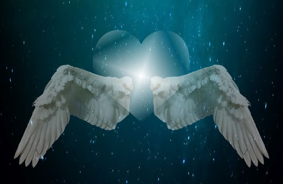 8 Signs Your Angels Are With You