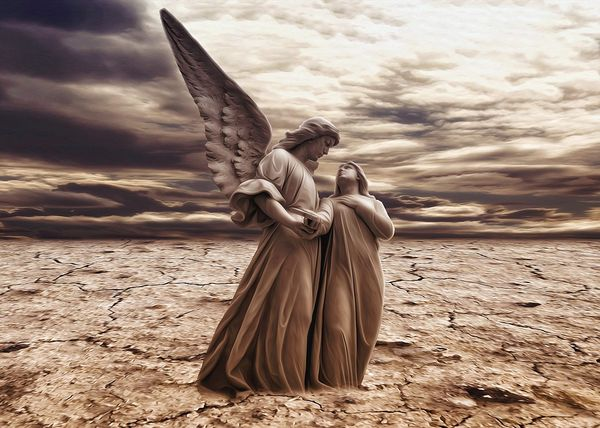 5 Ways To Call On Your Angels For Help (And Which Ones To Ask)